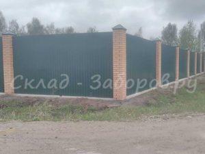 Забор из профлиста и кирпича-21