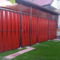 Забор из дерева-8