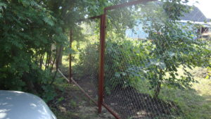 Забор из сетки-рабицы в секциях-4