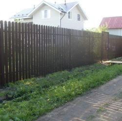 Забор из евроштакетника-7